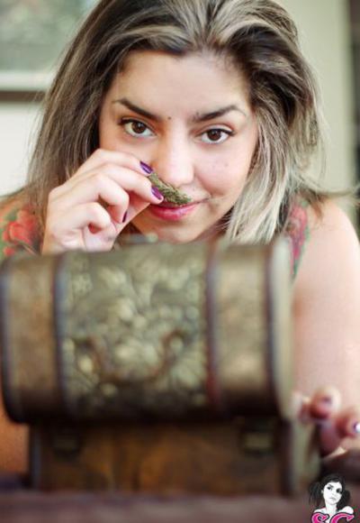 13 фото к записи — Голая девушка с татуировками 13 фото