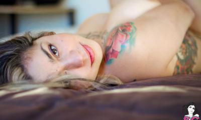 25 фото к записи — Голая девушка с татуировками 25 фото