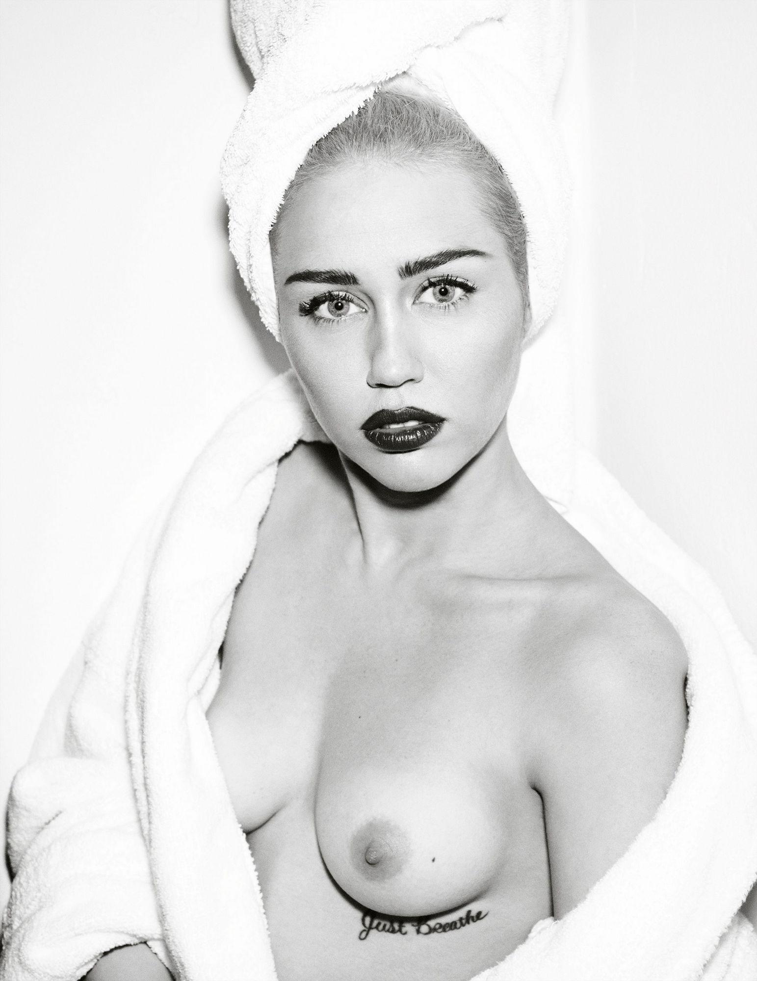 nude-hot-milky-cyrus-nude-spandex
