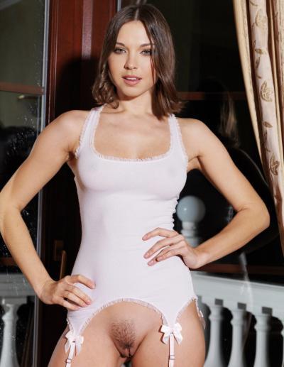 Красивая дама с голой пиздой 43 фото
