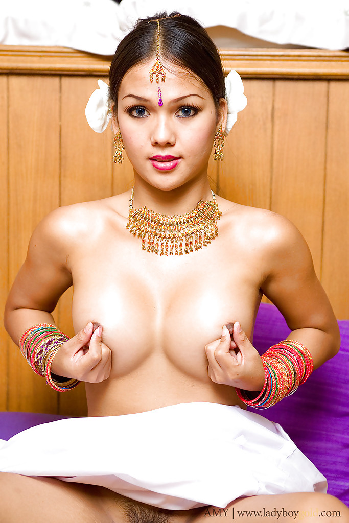 tumblers-pornstar-indian-transexual-naked