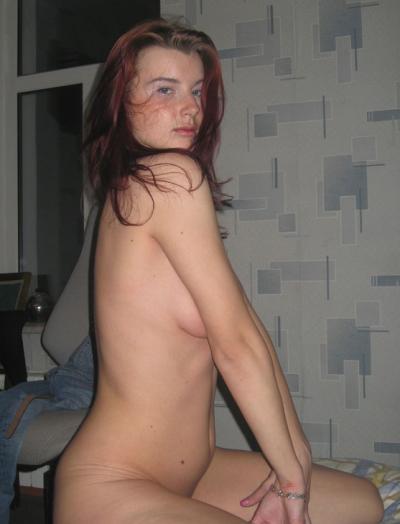 Голая рыжая молодая девушка 13 фото