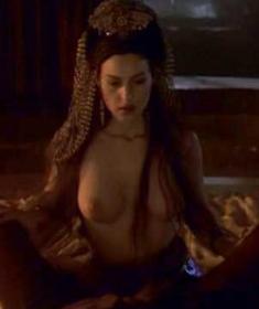 Моника Беллуччи голая и в одежде (20 фото) - эротика, секс, порно, 18+.