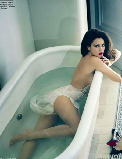 Моника Беллуччи эротика в ванной 13 фото