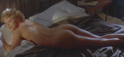 Шарлиз Терон лежит голышом 15 фото