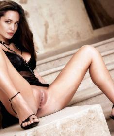 Анджелина Джоли голая и в одежде (50 фото) - эротика, секс, порно, 18+.