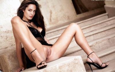 Анджелина Джоли с голой пиздой 25 фото