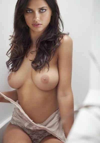 Голая грудь Адрианы Лимы 20 фото