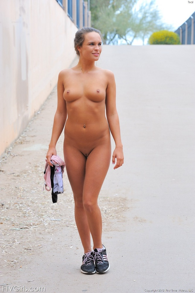 Porn girls naked jogging anally