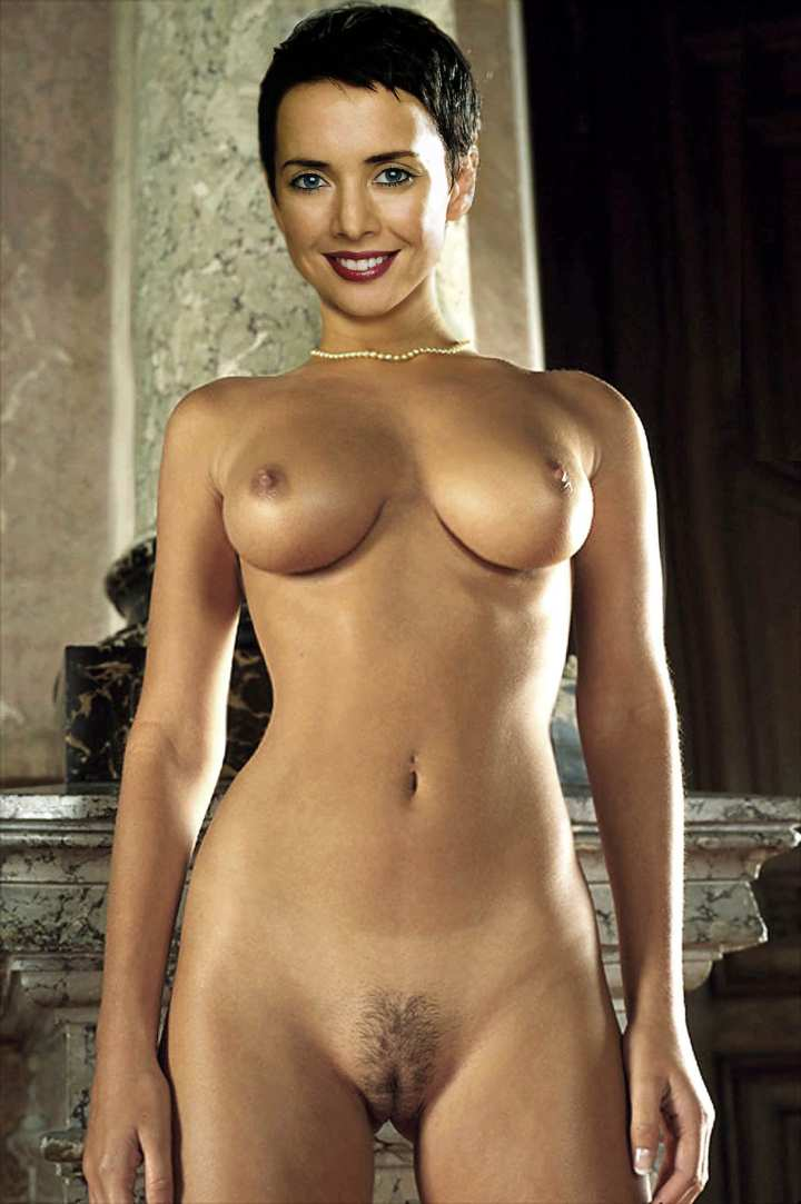 tuba-buyukustun-golie-foto-ili-erotika