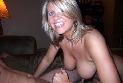 Порно с торчащими сосками 15 фото