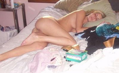 Фото голая женщина спит 69 фото