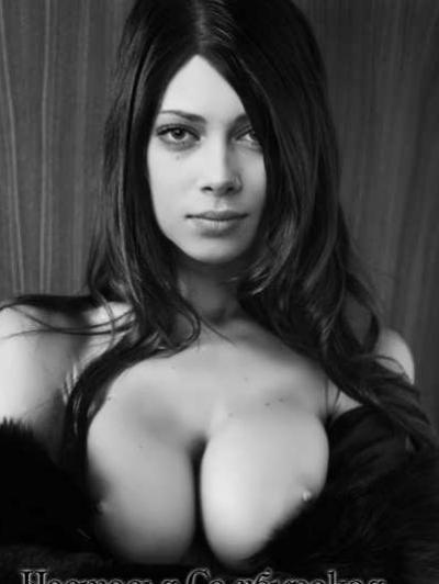 Голые сиськи Кристины из универа 6 фото