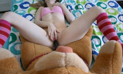 Порно с плюшевым медведем 12 фото