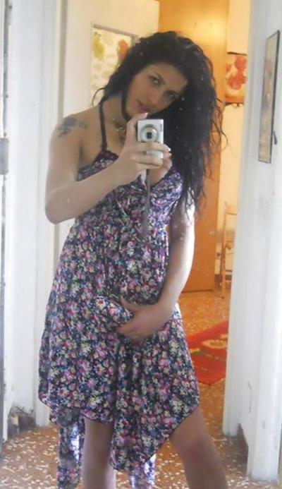 Член под платьем транса 54 фото